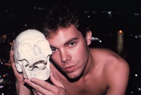 Ian Ayres holds human skull