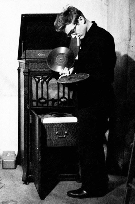 James Dean with his gramophone