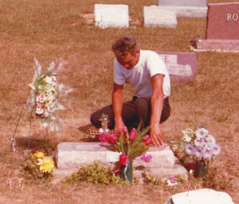 Roy Phillips (ghost @ James Dean's grave)