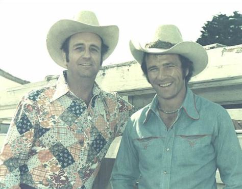 bhwLarry Mahan at the Rodeo Cow Palace 1976